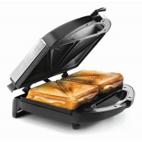 Electric sandwich toaster triangular slices