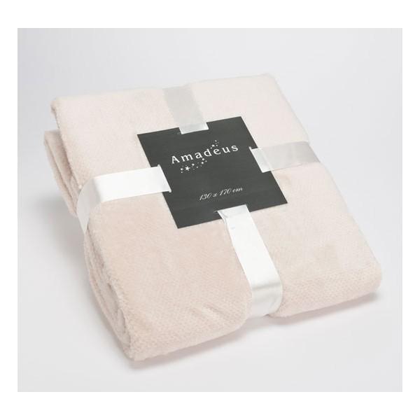 Manta calin Crema 130x170 cm. Manta plaid con tacto terciopelo, muy suave en color crema. Ideal para un sillón o para los pies d