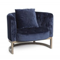 Sillón individual tapizado azul noche y pies madera roble Midway 90x76x74h cm